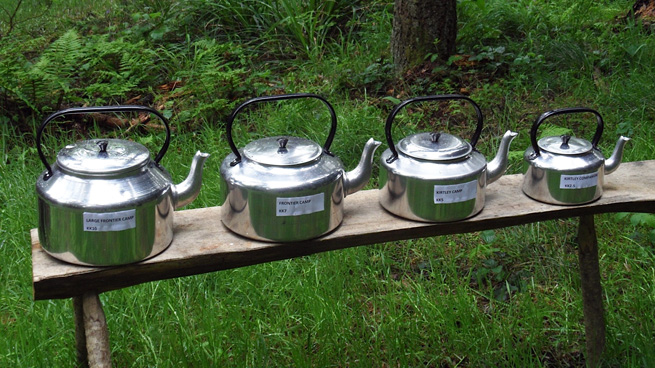 Four aluminium Kirtley Kettles